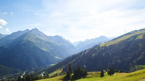 Ausblick vom Berg: Mountain Yoga Festival in St. Anton am Arlberg
