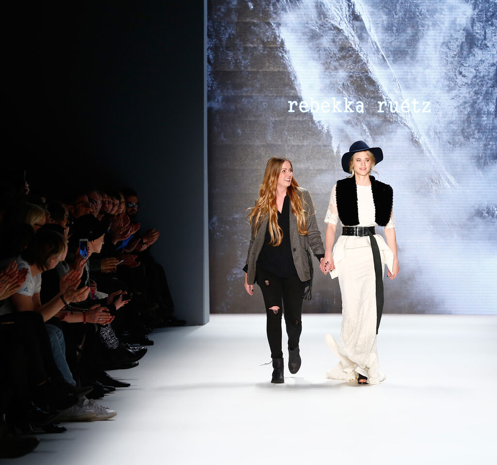 Rebekka Ruetz bei Berlin Fashion Week